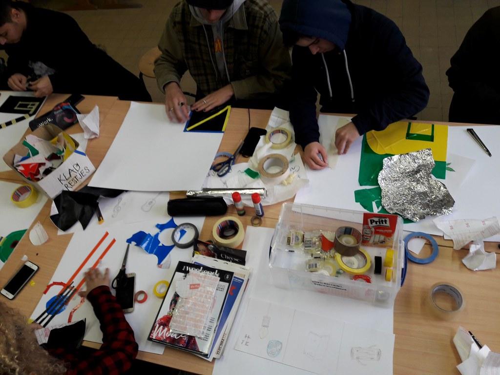 sessie 2 ateliersDKO schilderen met tape (7)