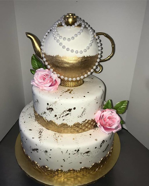 Teapot Cake from Cakes By Ali