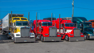 Three's a crowd | by NoVa Truck & Transport Photos