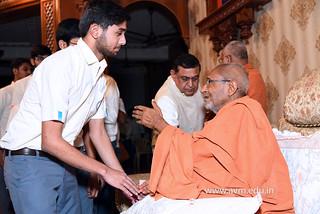 Std-10-11-12-visit-to-Haridham-for-Swamishree's-Blessings-(56) | by Atmiya Vidya Mandir