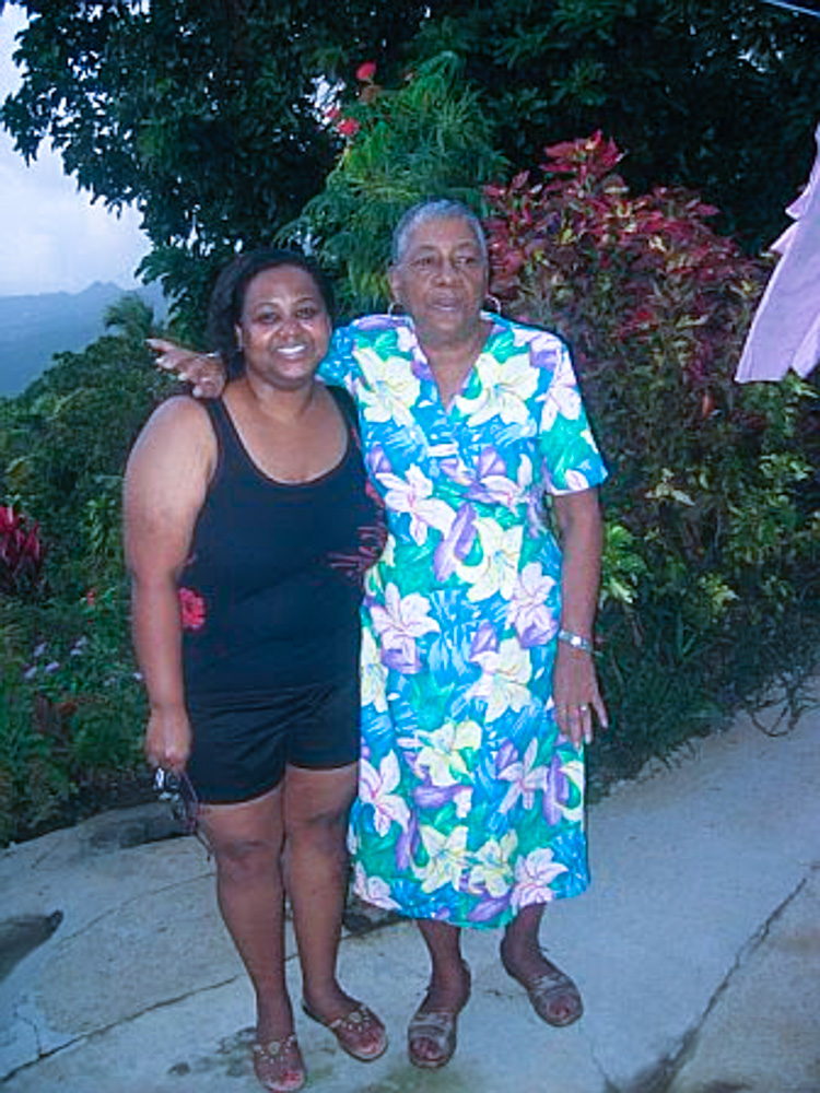 Dominica LR 11