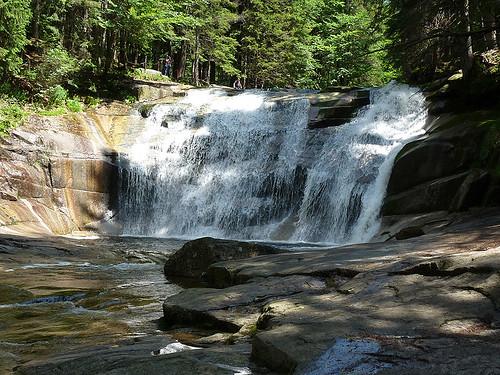 Mumlavský vodopád: Za mumlající bouřící vodou do Krkonoš