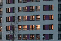 Отражение заката в окнах