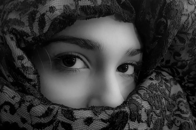 Ojos negros...