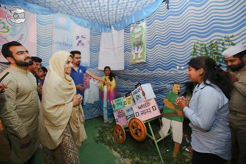 Blessings by Satguru Mata Ji at Nirankari Exhibition