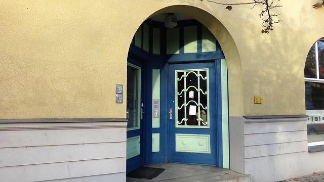 1920/21 Berlin Haustür Wohnanlage Müggelseedamm 133/Peter-Hille-Straße 128-134 von Bruno Nerlich in 12587 Friedrichshagen