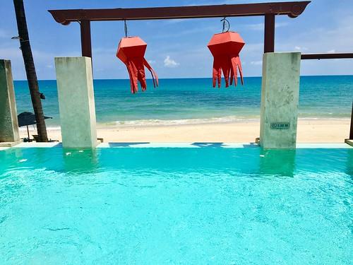 今日のサムイ島 4月4日 サムイ縁あってビーチフロントヴィラ宴