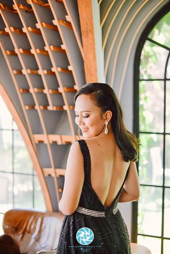 Locale: La Vie Parisienne & Montebello Villa Hotel HMUA: Aphrodite Liz Cinco Gowns: Allen Ceniza Repana pre debut highlights for Camila Jane Soliano. © www.jroblesimages.com