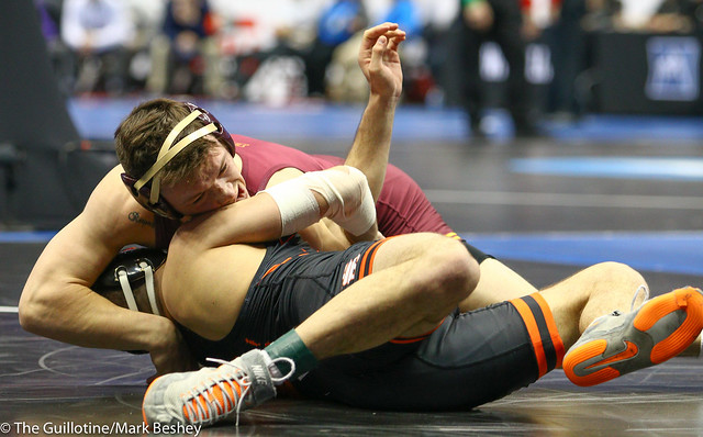 Champ. Round 1 - Mitch McKee (Minnesota) 21-5 won by fall over Sam Krivus (Virginia) 16-11 (Fall 5:00) - 190321amk0056