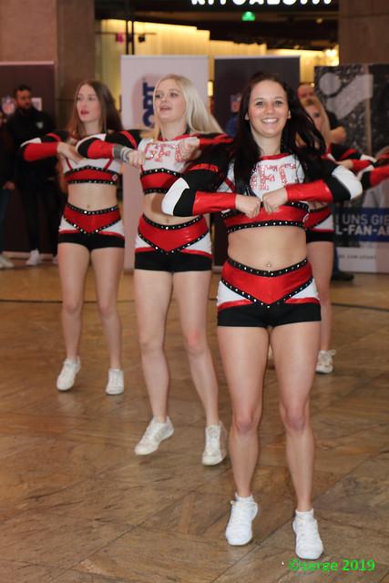 Gold Flames Cheerleader (3)