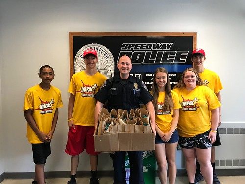 Ohio Church Provides Goody Bags to SPD Officers
