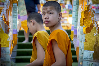 Young monks | by Lode Engelen - ลุงฝรั่ง