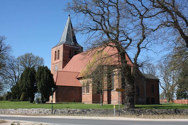 Kalkhorst: Evangelische Dorfkirche St. Laurentius