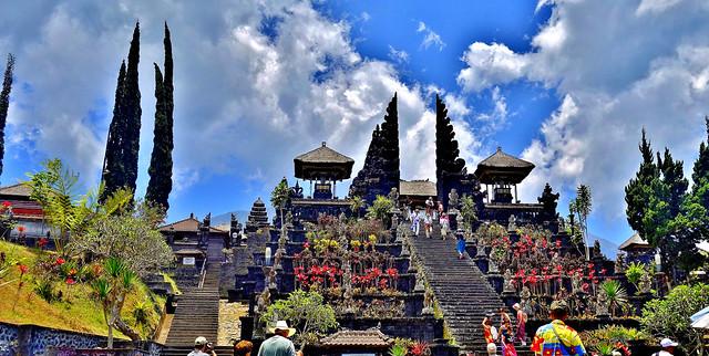 INDONESIEN, Bali , Rund um den Muttertempel  Pura Besakih an der Flanke des Vulkans Agung(3142 m ), 17989/11218