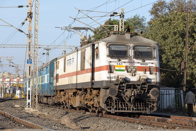 IR WAP-7 30602 Bhopal Junction