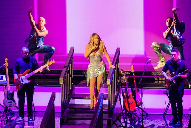 Mariah Carey : Caution World Tour - Radio City Music Hall, New York (2019)