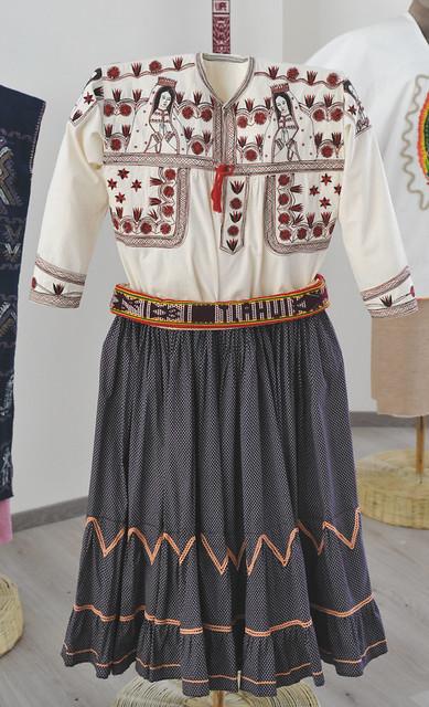 Mixe Clothing Tlahuitoltepec Guadalupe Oaxaca Mexico