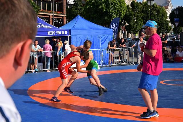 Vilnius / Town Hall Square /  Greco-Roman wrestling  / 1/2