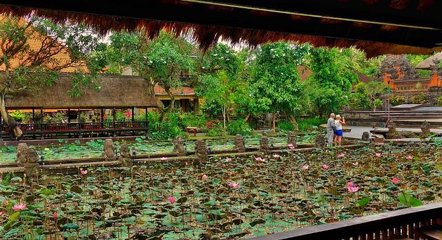 INDONESIEN, Bali ,unterwegs in Ubud ,  Pura Taman Saraswati, 17911/11127