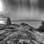 29. Jaanuar 2019 - 18:15 - Averse de pluies orageuses s'éloignant au large de Nouméa...
