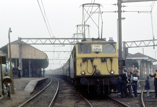 syks - 76009 & 76016 railtour penistone 14-10-78 | by johnmightycat1
