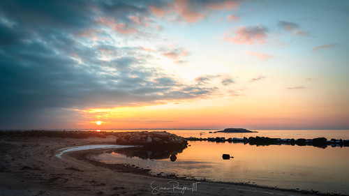 2019 alewifecove connecticut connecticutphotographer d750 dawn february landscapephotographer morning naturephotographer newengland newlondon nikon shorerock sunrise waterford winter beach digital water unitedstatesofamerica us