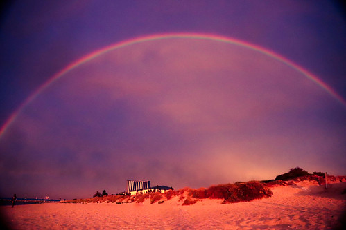 rainbow beach rockingham sunset sand sky