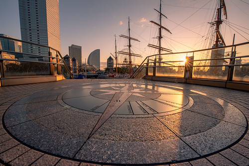 yokohama japan asia city urban compass street ship building nikon wideangle hdr march 2019 sunrise sunburst