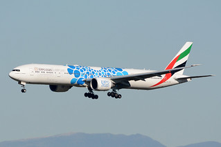 EMIRATES A6-EPD BOEING 777-300 BCN/LEBL | by Eugeni Reguill
