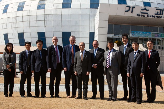 Promoting investment in BC LNG in Korea