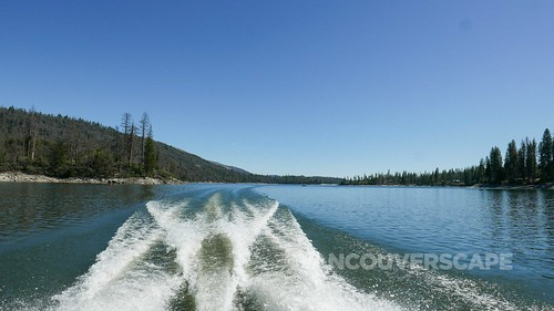 Oakhurst/Bass Lake | by Vancouverscape.com