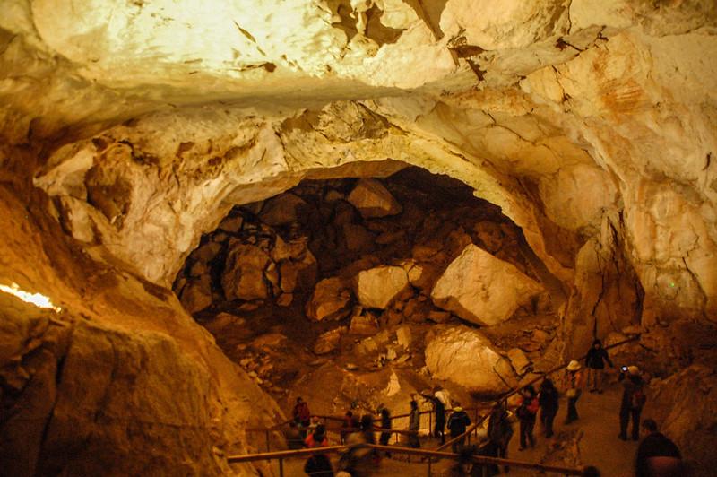 曾有熊居住的大洞穴 2
