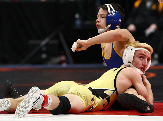 113AAA 5th Place Match - Kyler Wong (Wayzata) 41-10 won by major decision over John Babineau (Andover) 41-11 (MD 14-5) - 190302cmk0018