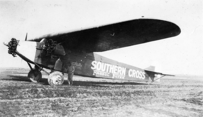 フォッカー(Fokker)F.VIIb-3mトライモーター三発輸送機:鳥飼行博研究室