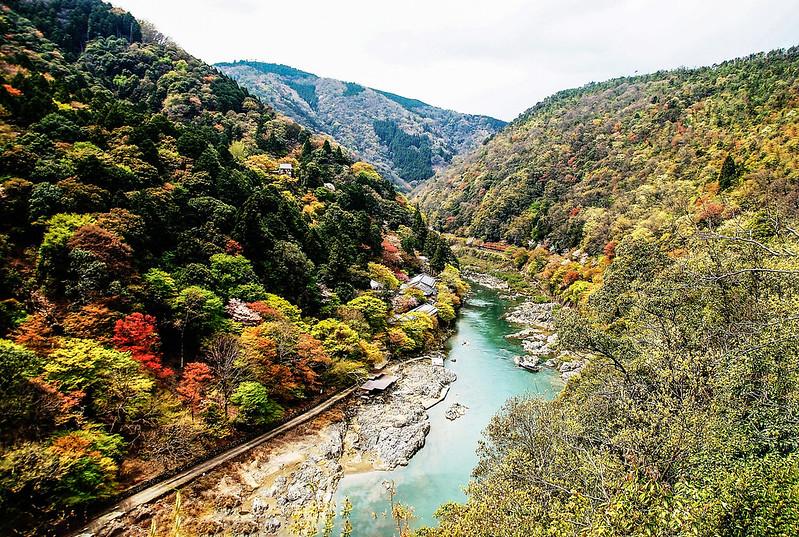 展望台俯瞰大堰川峽谷 2