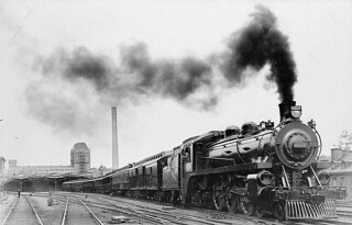 Canadian Pacific Railway locomotive, No.2227, Windsor Station, Montréal, Quebec / Locomotive n° 2227du Chemin de fer Canadien Pacifique, gare Windsor, Montréal (Québec)