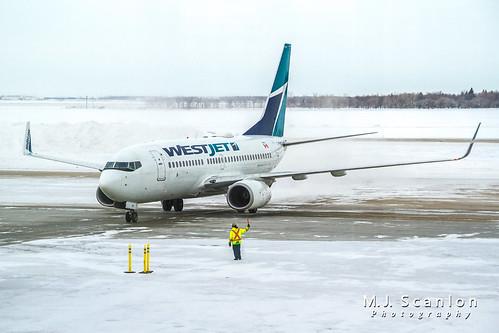 C-FWSO WestJet | Boeing 737-7CT(WL) | Winnipeg International Airport