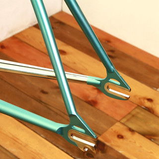 KINFOLK Frame & Fork Handmade in Kanagawa Painted by Swamp. | by starfuckers / Above Bike Store