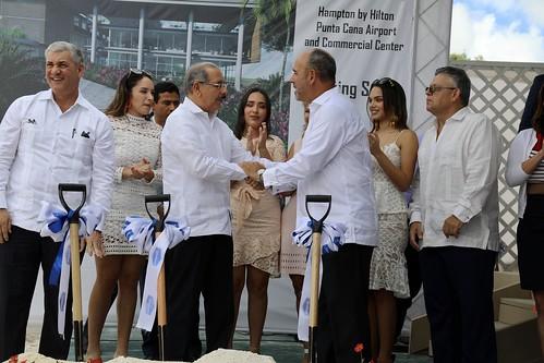 Danilo Medina participa primer palazo Hampton by Hilton Punta Cana Airport & Commercial Center, con 150 nuevas habitaciones | by PresidenciaRD