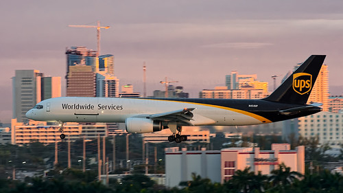fortlauderdale fll kfll sunrise ups unitedparcelservice n454up 757200 75724apf
