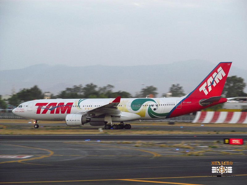 TAM / Airbus A330-223 / PT-MVP