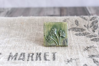 square fennel brooch in green
