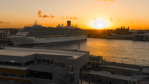 sunsetcoucherdesoleil fortlauderdale floride usa 8685 bateau de croisière costa deliziona croisières avec le beau coucher soleil deliziosa cruise ship with beautiful sunset