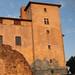 24 juin 2010 : lever du soleil sur le château d'Avezan© gaelle kermen 2010 copie