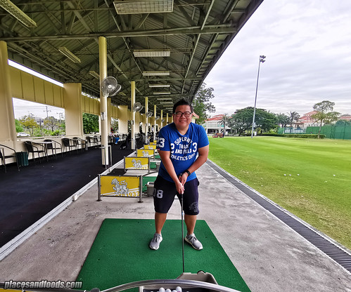eastin thana city driving range | by placesandfoods.com