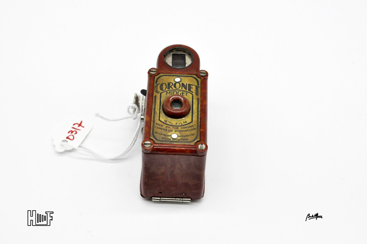 _DSC8928 Coronet Midget - Red