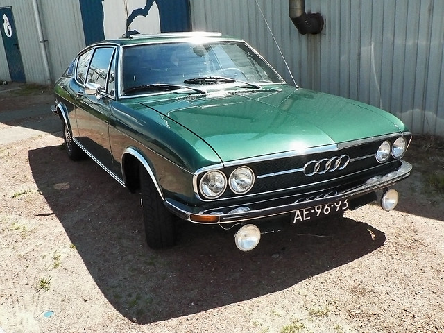 AUDI 100 Coupé S 1971 (1060613)
