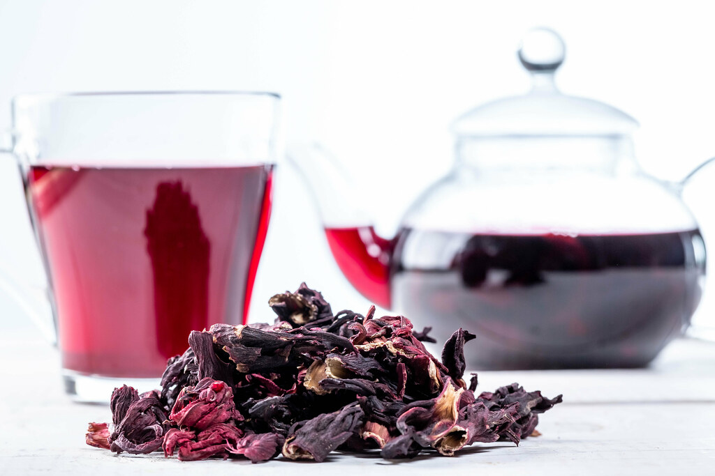Close-up of dried hibiscus tea and brewed tea in a Cup and… | Flickr