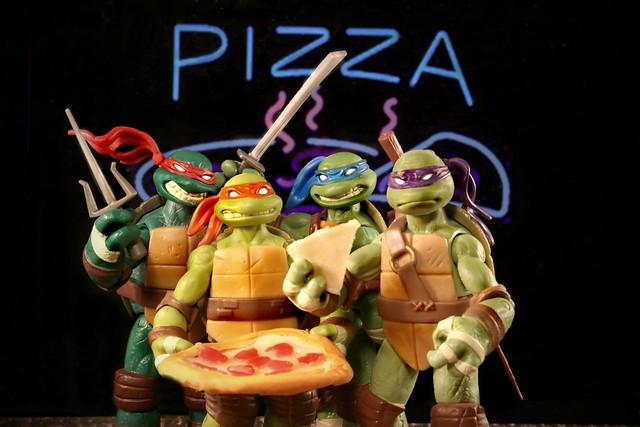 We Love Pizza (Dude!)