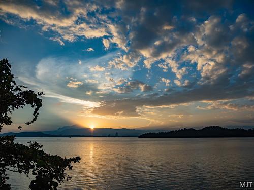 kotakinabalu sabah malaysia my mountkinabalu sunrise gayaisland borneo